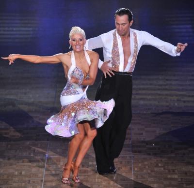 調子に乗って社交ダンス。「ルンバ」は愛を表現してます♡